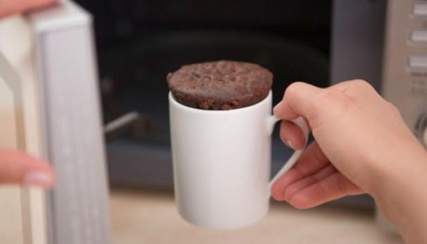 Φτιάξτε το πιο Εύκολο Σουφλέ Σοκολάτας σε 2 λεπτά!