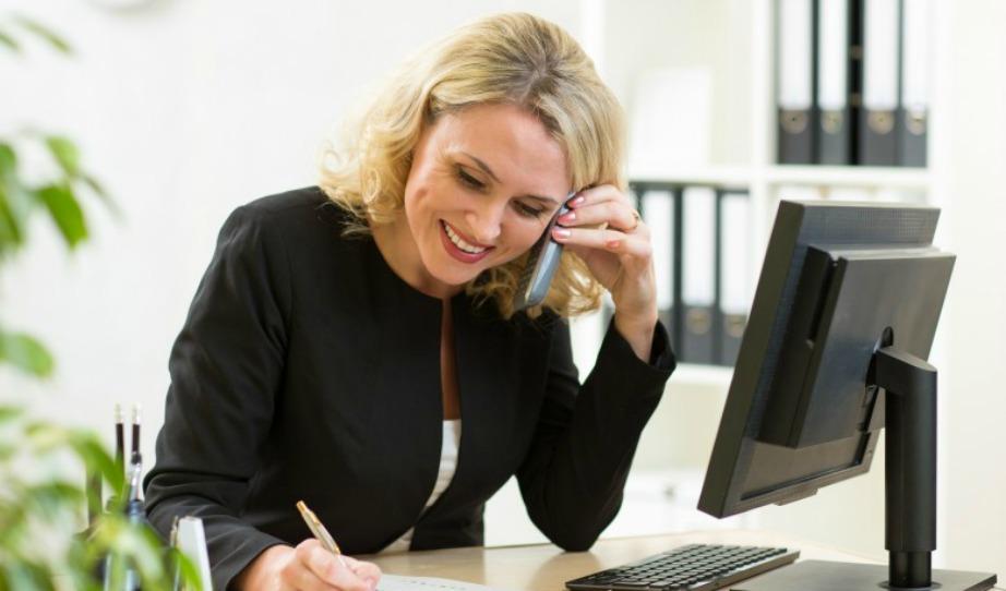 Το 90% των γραμματέων είναι γυναίκες και αυτό φυσικά δεν είναι καθόλου τυχαίο.