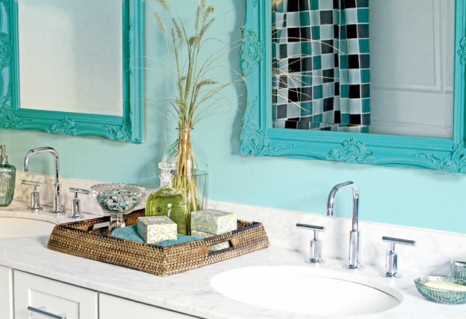 Βάψτε το κάδρο του καθρέφτη σας σε μια ζωηρή απόχρωση.