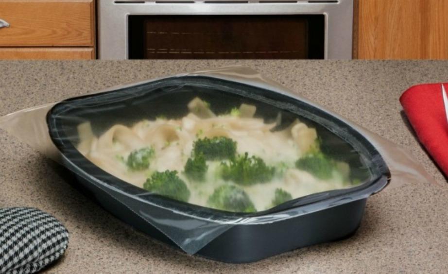 Τα έτοιμα φαγητά που αγοράζετε μέσα σε πλαστικά τάπερ καλό είναι να μην ζεσταίνονται μέσα στα ίδια αυτά τάπερ.