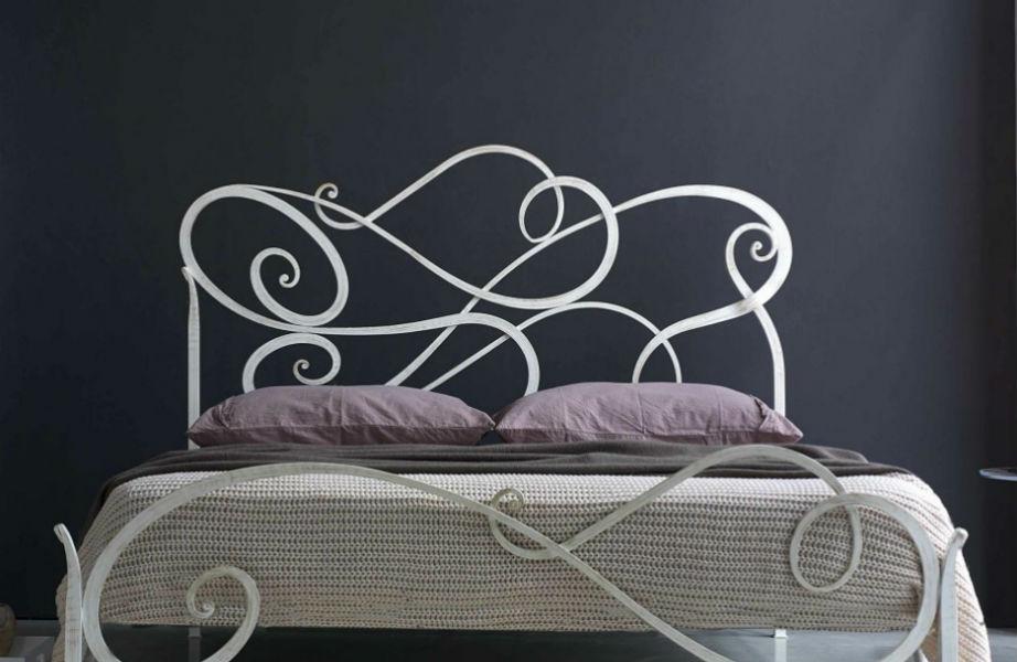 Και το κρεβάτι έχει τη Φενγκ Σούι θέση του αν θέλετε να κάνετε όνειρα γλυκά!