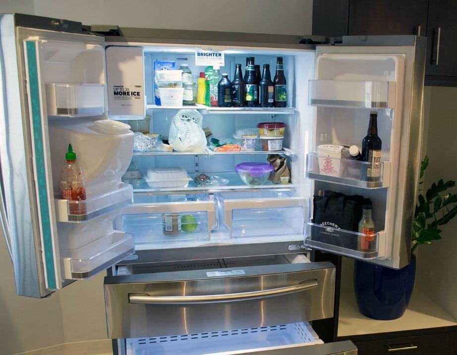 Μην αφήνετε ανοιχτή την πόρτα του ψυγείου σας συχνά.