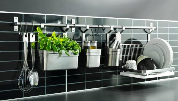 Αυτή Είναι η Κίνηση που θα σας Χαρίσει την πιο Οργανωμένη Κουζίνα