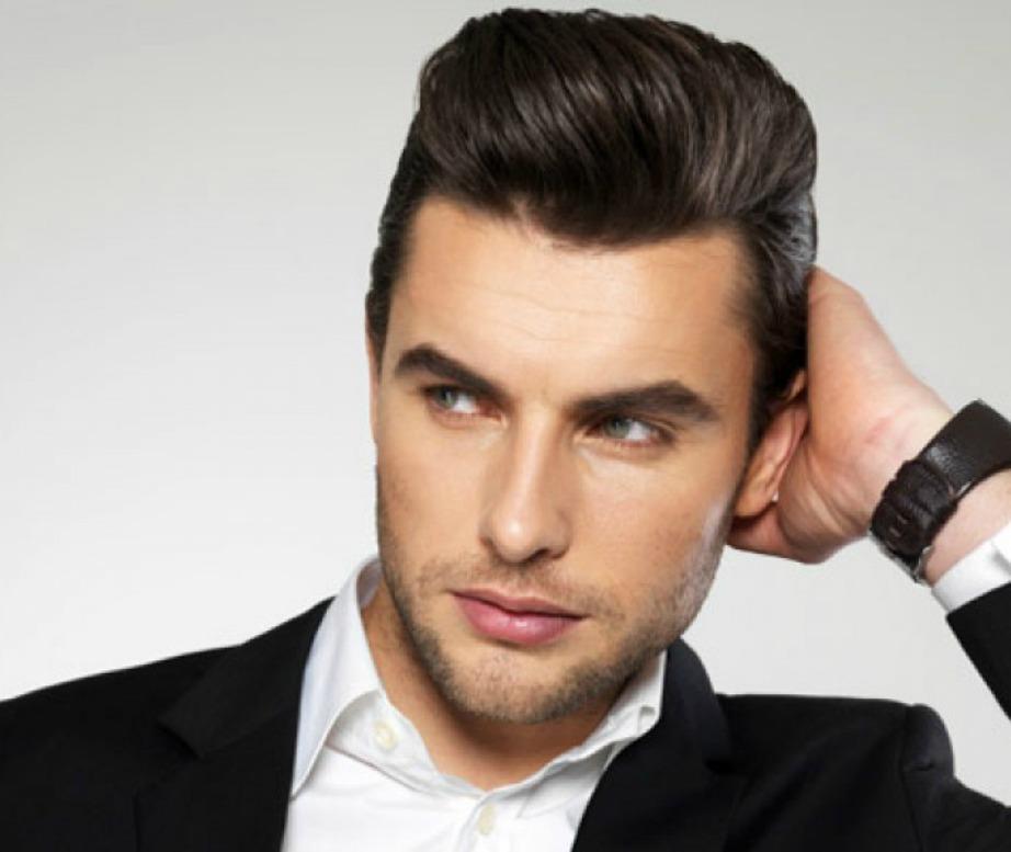 Περιποιηθε΄τε τα μαλλιά σας με κάποια από τα προϊόντα styling της αγαπημένης σας.