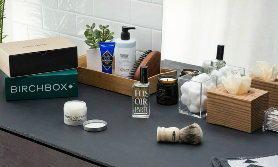 Μην φοβάστε να χρησιμοποιήσετε κάποια από τα προϊόντα ομορφιά και περιποίησης της συντρόφου σας.