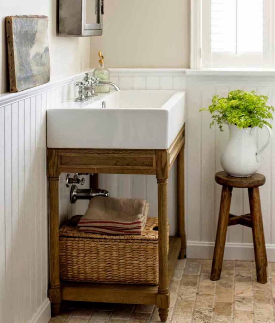 Ελέγξτε όλο το μπάνιο για να δείτε αν υπάρχουν χαραμάδες από όπου μπαίνει κρύο.