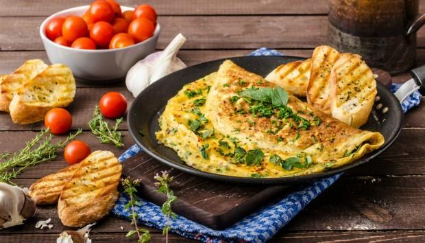 Φτιάξτε Ομελέτα χωρίς καν να Σπάσετε το Αυγό σας!