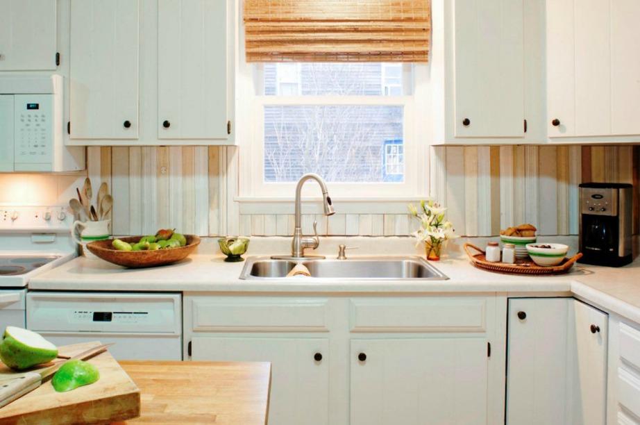 Διακοσμήστε την κουζίνα σας σε όλα εκείνα τα σημεία που φαίνονται πολύ άδεια.