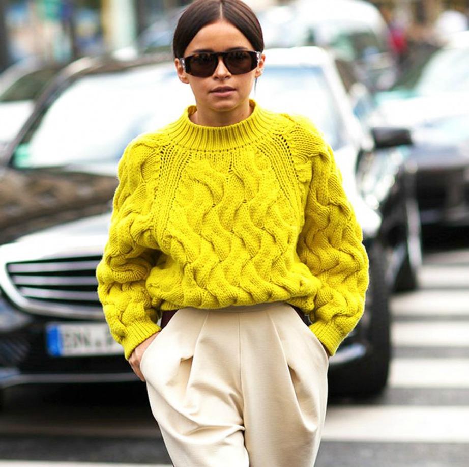 Όταν οι ίνες σε ένα πουλόβερ σπάνε, δημιουργούνται κόμποι και το πουλόβερ αποκτάει τη γνωστή τραχιά υφή του.