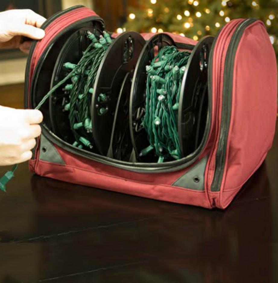 Βάλτε τα φωτάκια σε ειδική τσάντα για να μην μπλέκονται.