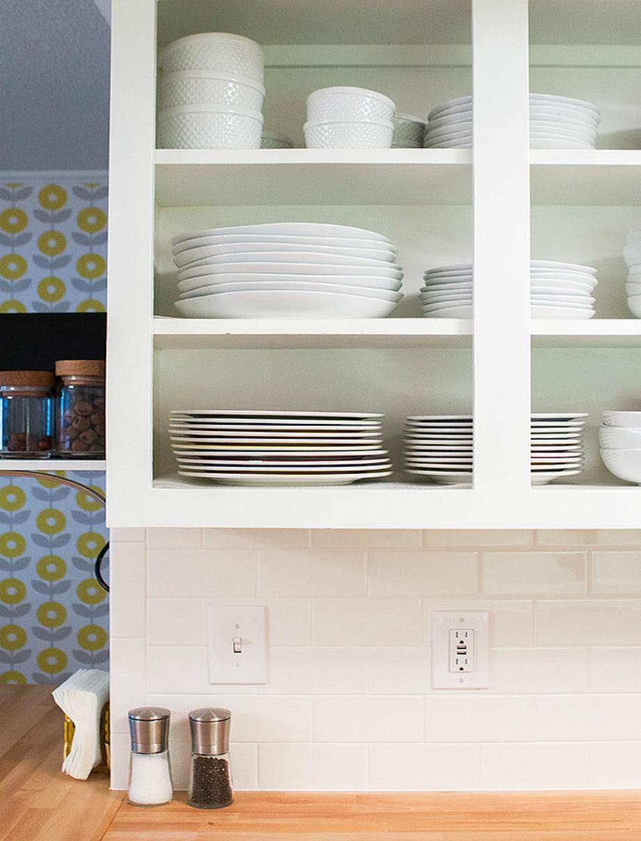 Ντύστε τα ντουλάπια σας με διακοσμητικό αυτοκόλλητο για να δείτε την κουζίνα σας να αναβαθμίζεται!