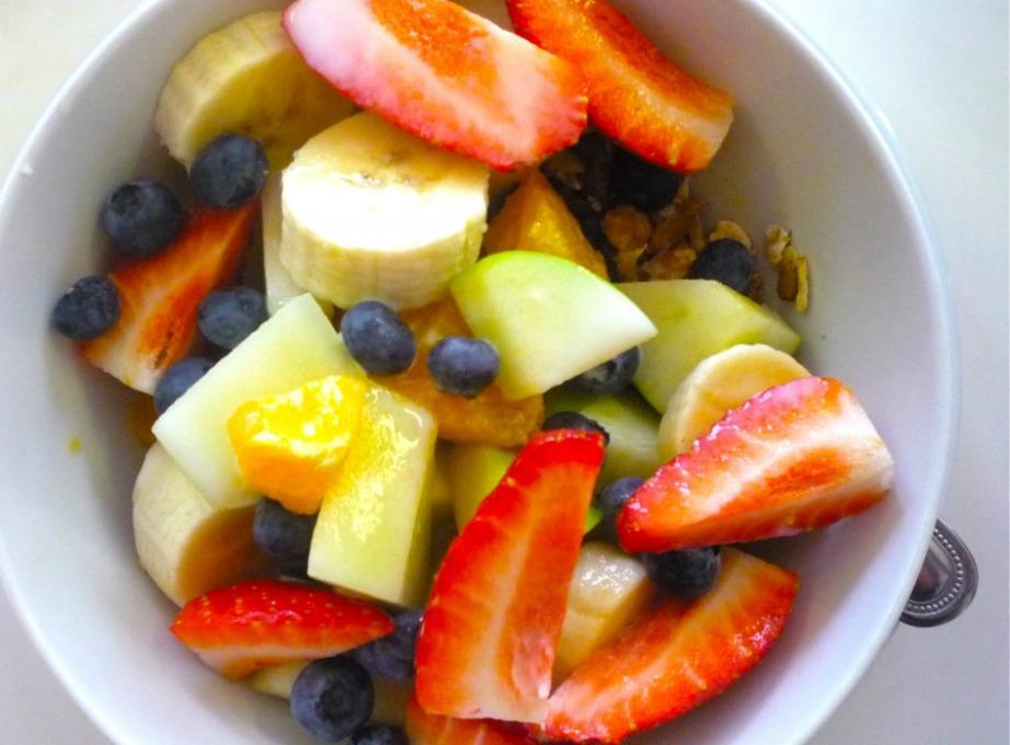 Καθημερινά πρέπει να τρώτε 5 μερίδες φρούτων και λαχανικών.