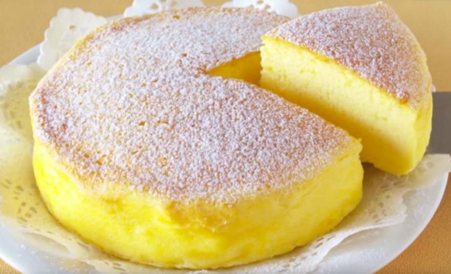 Αν ακολουθήσετε πιστά τις οδηγίες, το cheesecake σας θα μοιάζει με αυτό της εικόνας.