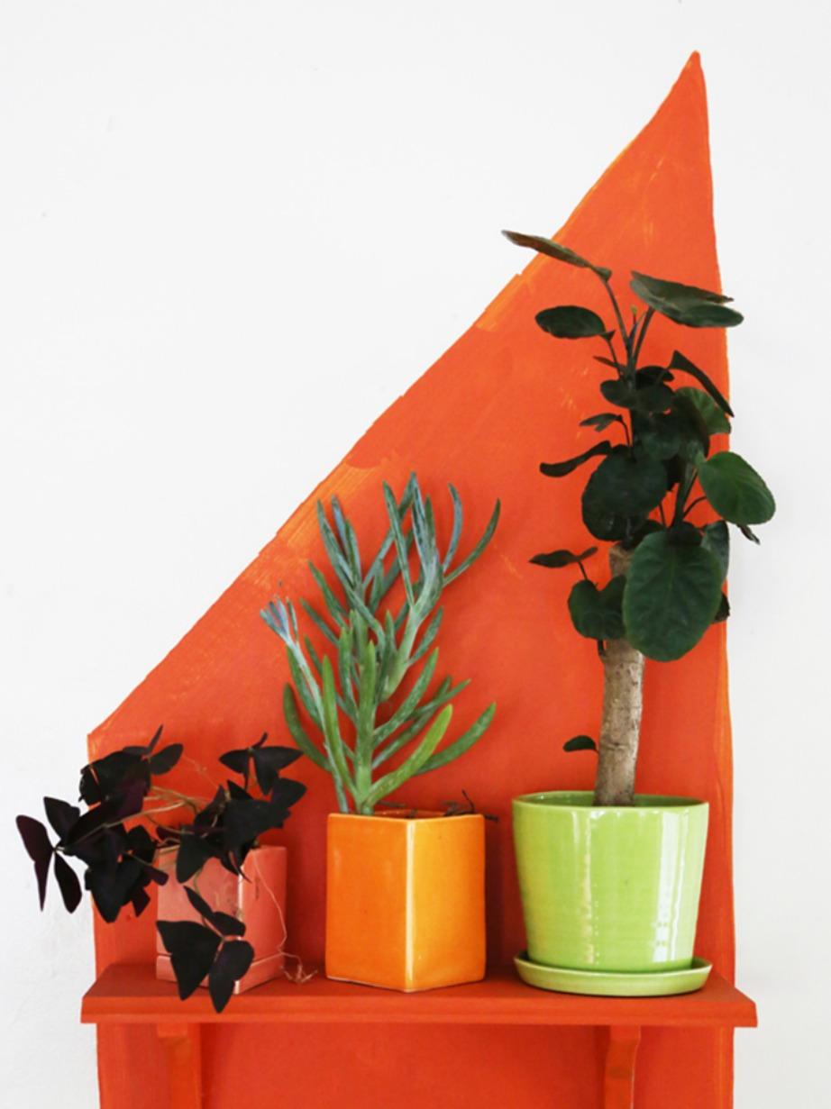 Βάφοντας ένα μικρό μέρος του τοίχου σε μια έντονη απόχρωση δίνετε έμφαση σε εκείνο το σημείο του σπιτιού