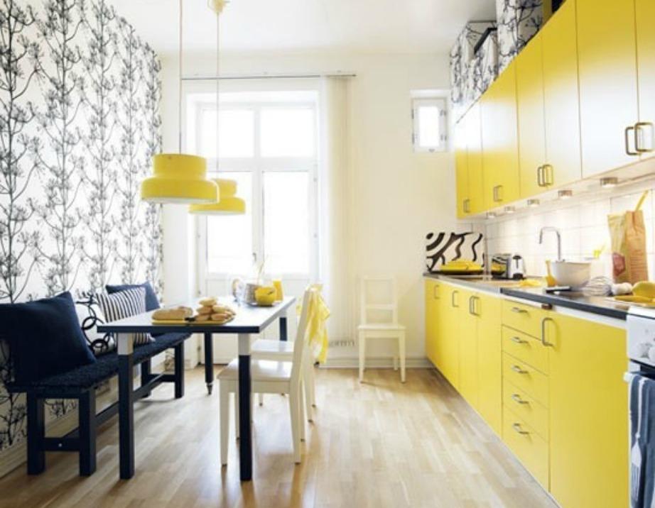 Το έντονο κίτρινο ταιριάζει πολύ στην κουζίνα.
