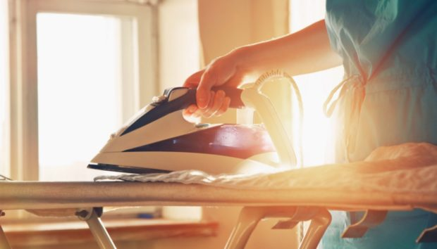 Με Αυτά τα Tips το Σιδέρωμα Μειώνεται στο Μισό