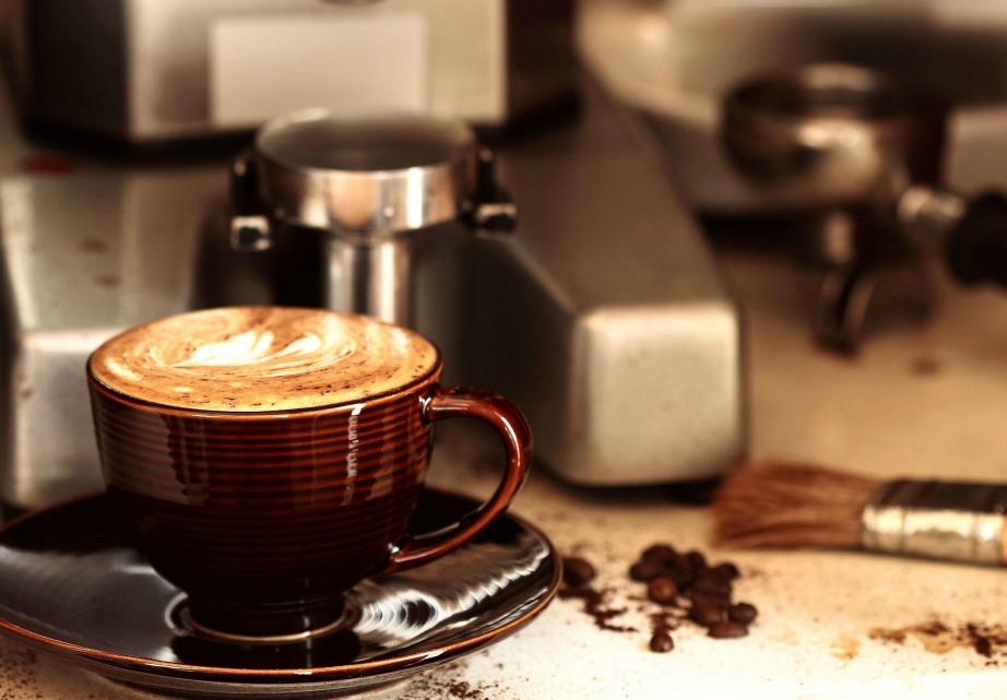 Αρκούν μόνο 10 λεπτά για να μπορέσει η καφεΐνη να δράσει και να σας γεμίσει ενέργεια.