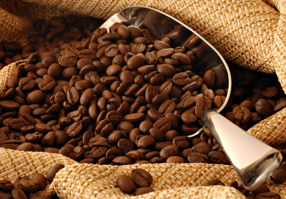 Ο καφές περιέχει περίπου τη διπλάσια ποσότητα καφεΐνη από τα ενεργειακά ποτά