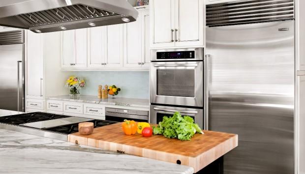 Δαχτυλιές στην Κουζίνα: Εξαφανίσετε τις στο Λεπτό!