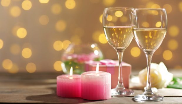 Φτιάξτε Μόνοι σας τα πιο Όμορφα Χρωματιστά Κεριά στο Λεπτό