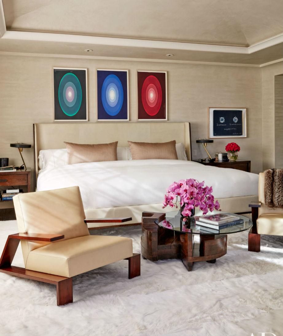 Το λιτό, μοντέρνο και υπέρκομψο υπνοδωμάτιο της Kourtney.