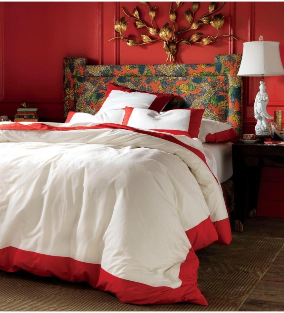 Τα κόκκινα και τα λευκά σεντόνια είναι καλό φενγκ σούι αλλά μην χρησιμοποιείται συχνά τα κόκκινα γιατί μπορεί να 'κάψουν' τον έρωτά σας.
