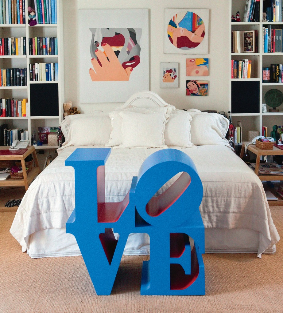 Όπου μπορείτε βάλτε στο δωμάτιό σας έργα και πίνακες με λόγια ή εικόνες αγάπης.