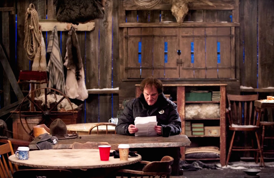 """Ο Κουέντιν Ταραντίνο στο σετ της ταινίας """"Μισητοί 8""""."""