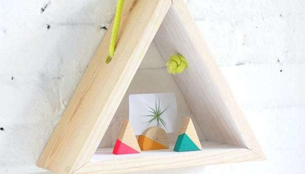DIY: Φτιάξτε Μόνοι σας ένα Μοντέρνο Ράφι σε Γεωμετρικό Σχήμα
