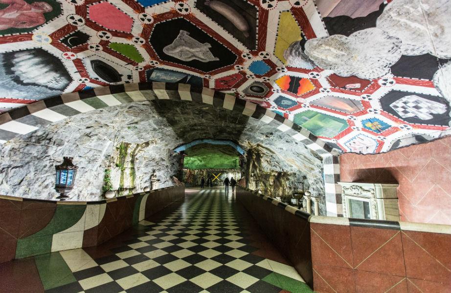 Εμπνευσμένο από το Makalos Palace, αυτό το έργο φέρνει έναν κήπο από τη γη στον ουρανό.