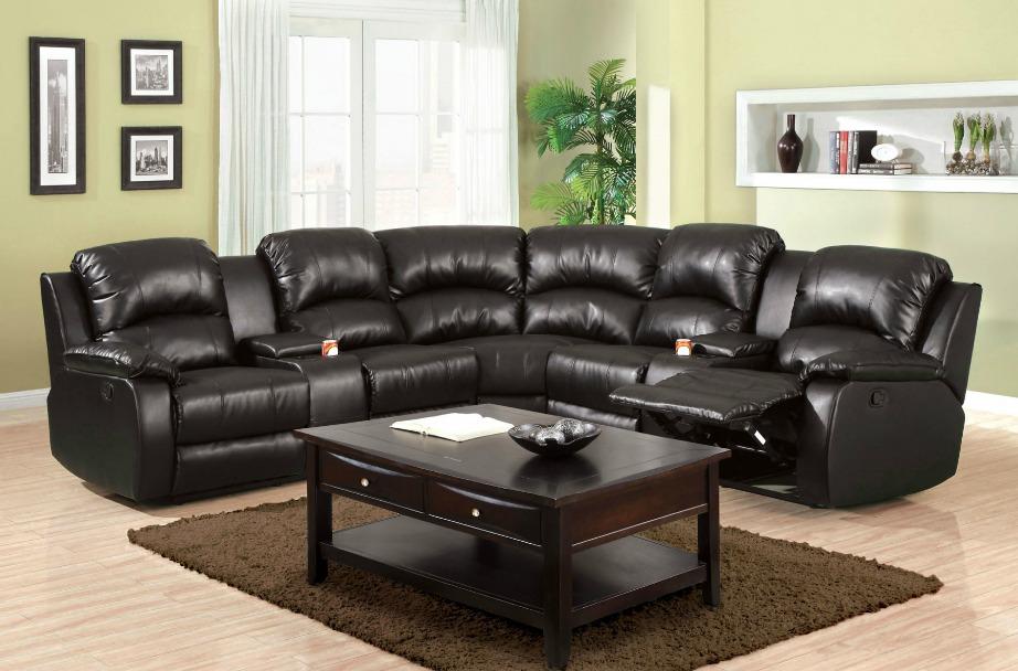 Ένας καναπές με θήκες για ποτήρια είναι σίγουρο DON'T.