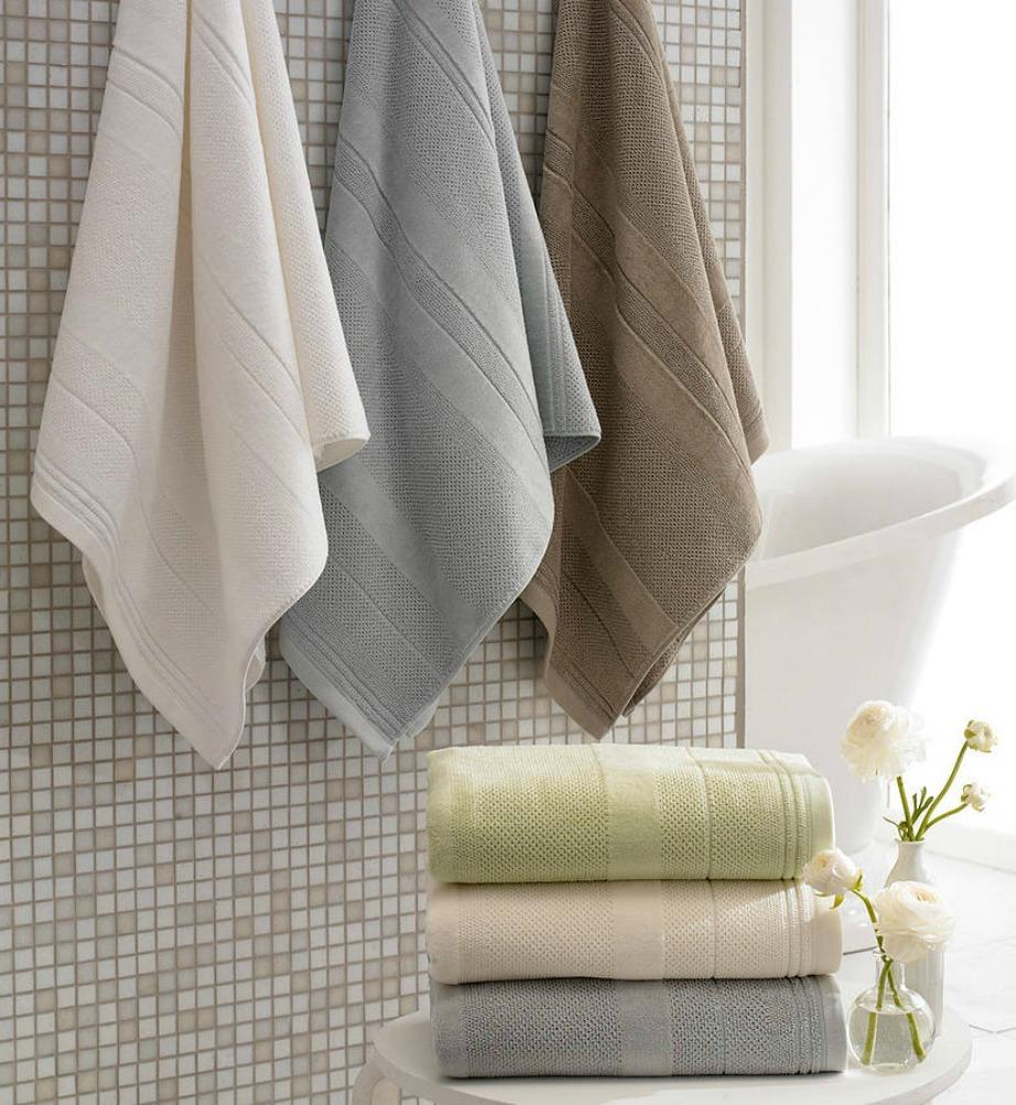 Προτιμήστε ανοιχτόχρωμες παλ πετσέτες.