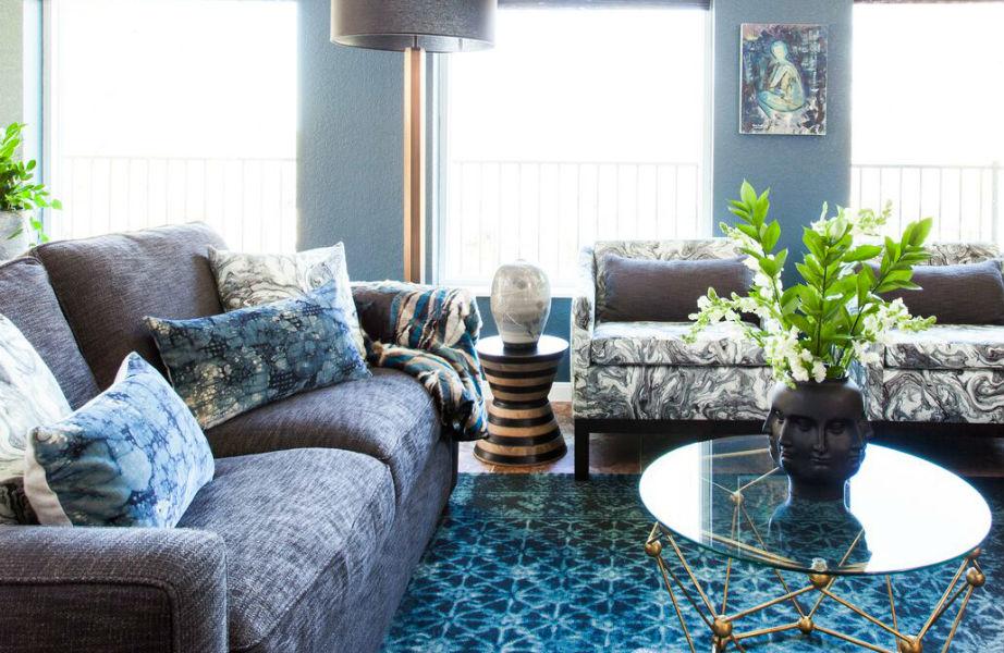 Το χαλαρωτικό μπλε χαρίζει ηρεμία και στιλ στο χώρο.