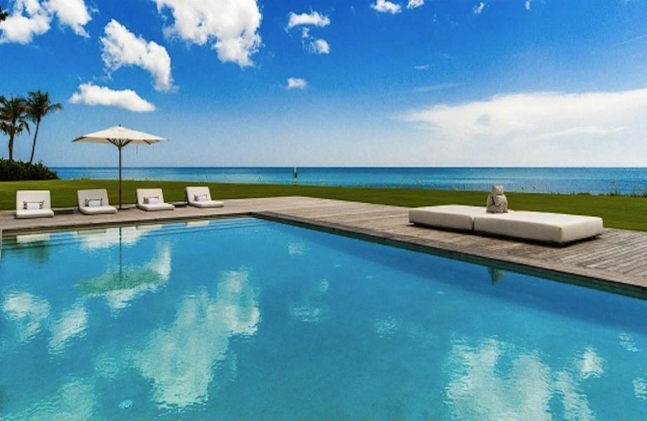 Παραλία ή πισίνα; Τι προτιμάτε;