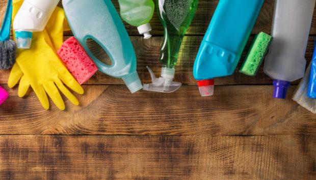10 Σημεία που οι Περισσότεροι Ξεχνούν να Καθαρίσουν Όλο το Χειμώνα