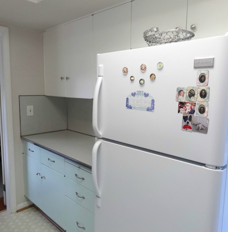 Σας αρέσει η εικόνα αυτού του ψυγείο με τα μαγνητάκια και τις σημειώσεις;