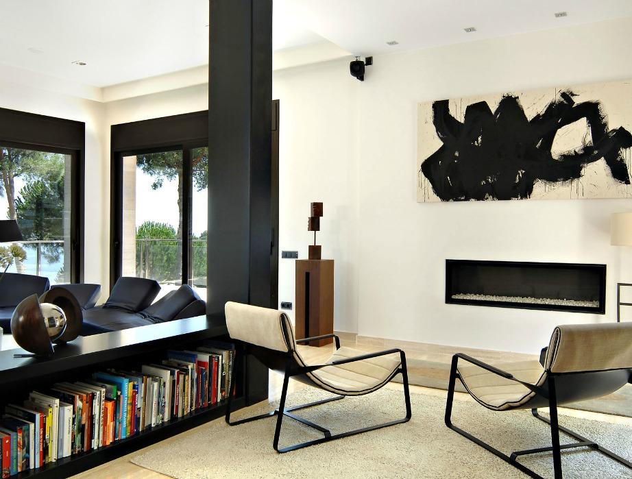 Το βάψιμο μιας κολώνας που βρίσκεται στην μέση ενός δωματίου μπορεί να ανανεώσει τον χώρο σας και να δώσει στιλ.