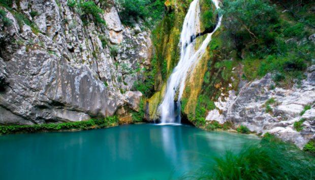 Κι Όμως, Αυτό το «Χολιγουντιανό» Τοπίο Βρίσκεται στην Όμορφη Ελλάδα μας