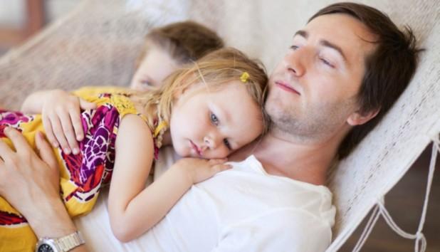 5 Πράγματα που οι Μπαμπάδες Κάνουν Καλύτερα