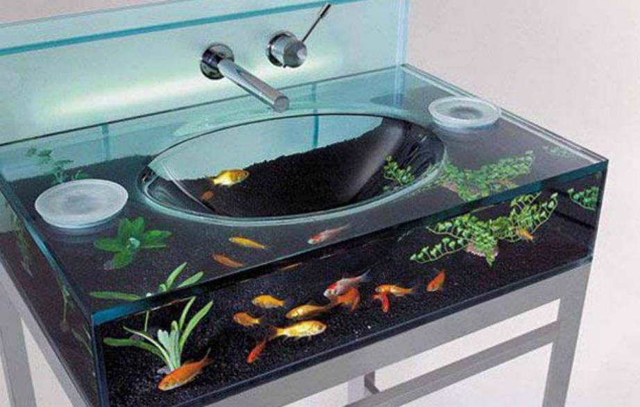 Φανταστείτε να πλένετε τα χέρια σας ενώ κάτω από τον νιπτήρα κολυμπάνε ψαράκια.