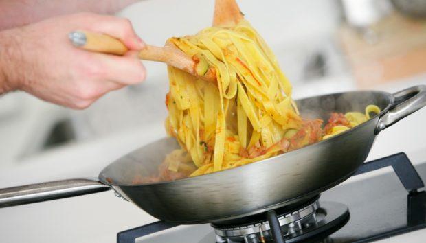 Μαγειρέψτε τα Μακαρόνια σας σε 60 Δευτερόλεπτα! Κι όμως, γίνεται…