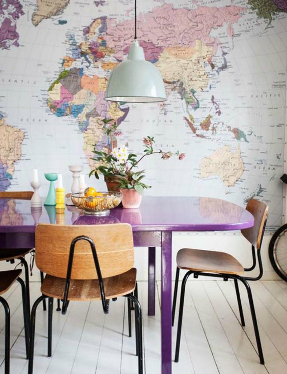 Οι ταπετσαρίες με χάρτες είναι must και τις έχουμε δει να χρησιμοποιούνται πολύ και σε σπίτια επωνύμων.