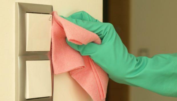 Με Αυτό το Φυσικό Καθαριστικό Μπορείτε να Πλένετε τους Βαμμένους Τοίχους σας!