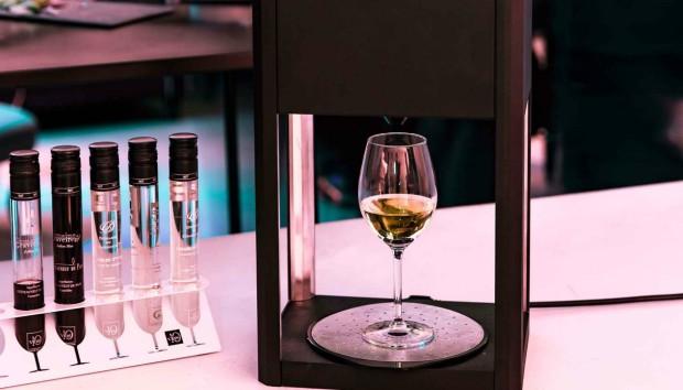 Η Πρώτη Οικιακή Συσκευή Δοκιμής Κρασιού για να Πίνετε το Κρασί σας Όπως το Θέλετε