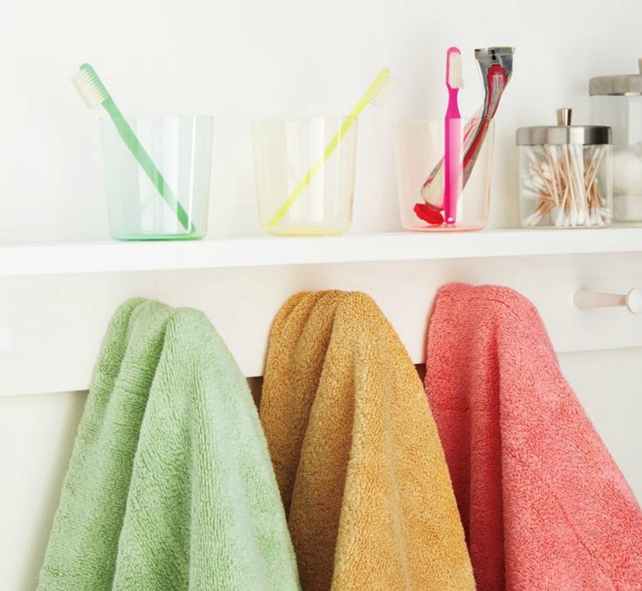 Για να μην τσακώνεστε με τον σύντροφό σας για τις πετσέτες σας, επιλέξτε διαφορετικά χρώματα.