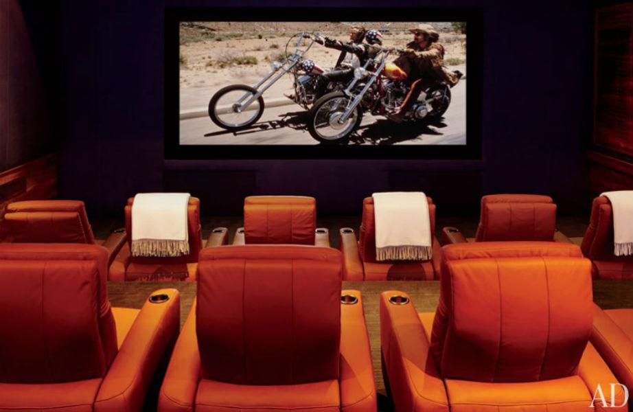 Εδώ απολάμβανε τις αγαπημένες του ταινίες ο George Clooney!