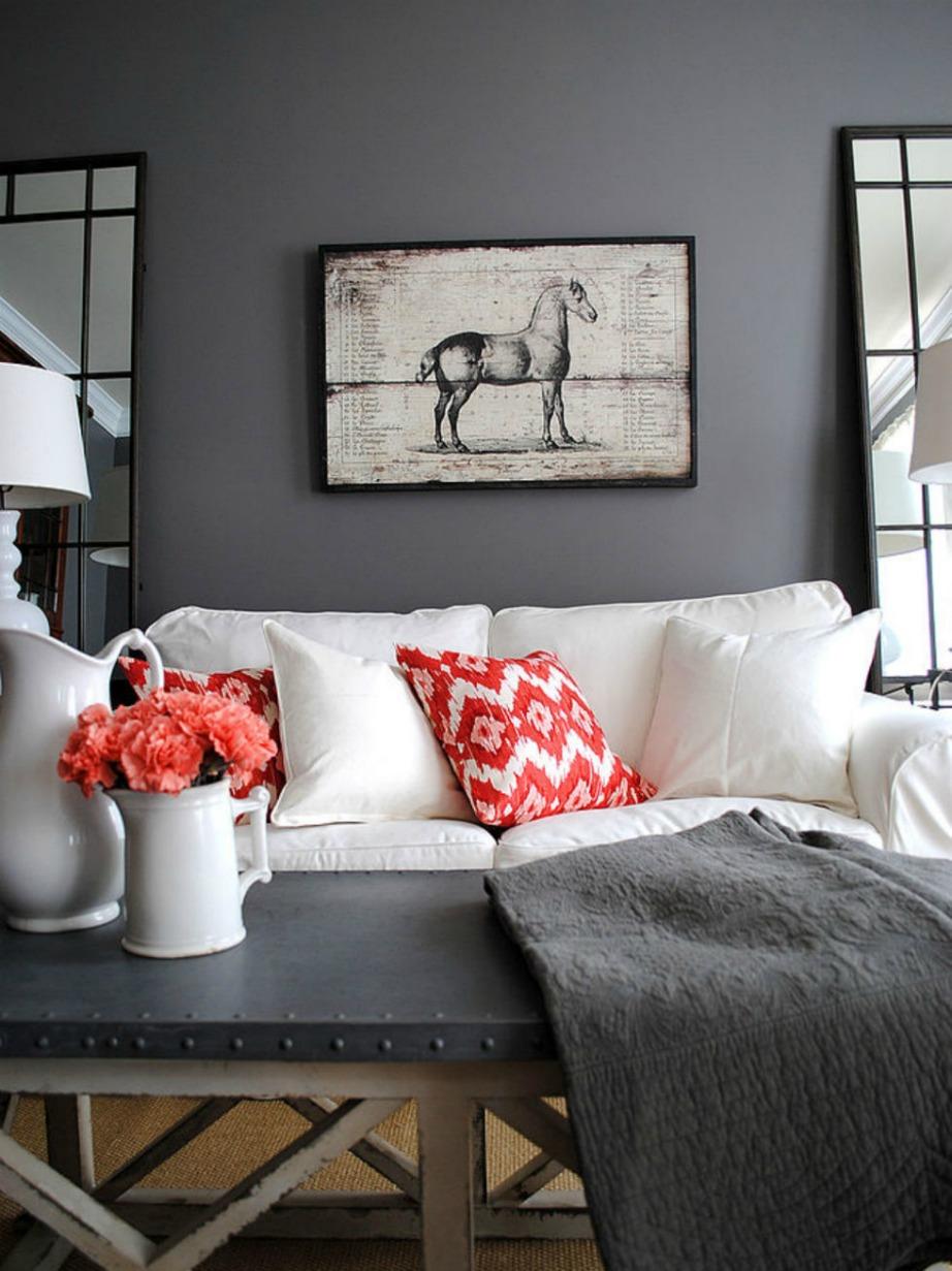 Στο σαλόνι και στην κουζίνα ταιριάζουν τα πιο σκούρα και ζωηρά χρώματα.