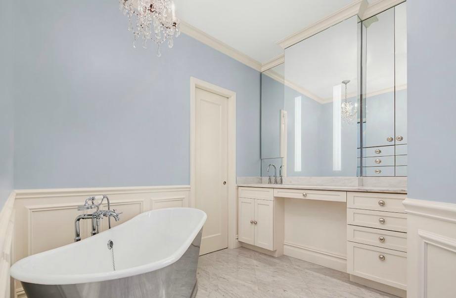 Το μπάνιο είναι το πιο όμορφο δωμάτιο του σπιτιού.