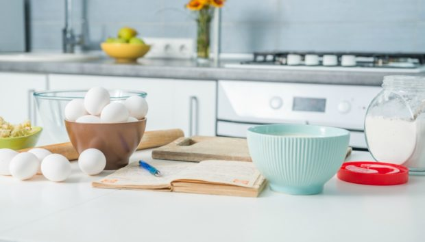 12 Σημεία που Αμελείτε να Καθαρίσετε Στην Κουζίνα σας