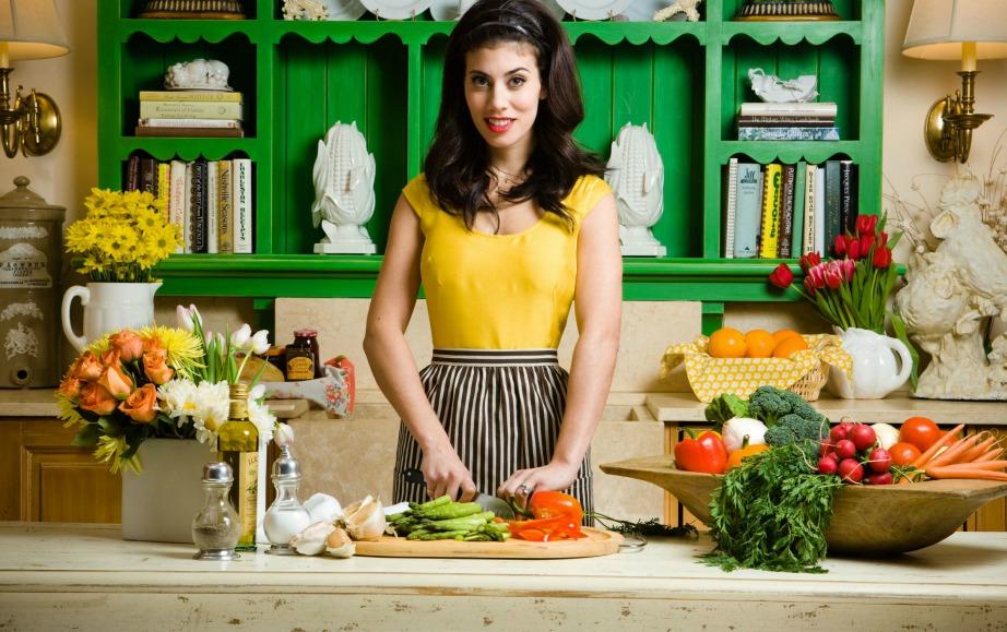 Με αυτό το εύκολο tip η κουζίνα σας θα μοσχοβολάει κάθε φορά που μαγειρεύετε φαγητά με έντονες οσμές.